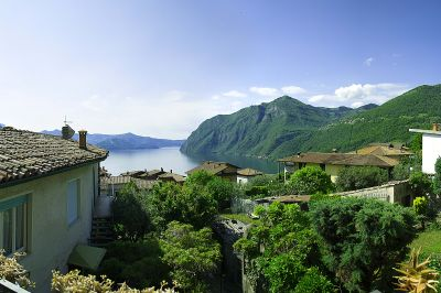 View from the balcony Location Apartment 104903 Riva di Solto