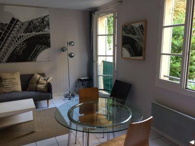 Living room Location Studio apartment 111640 Nice