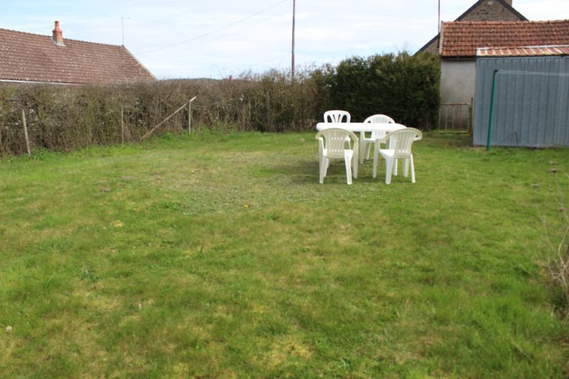Garden Location Self-catering property 112324 Autun