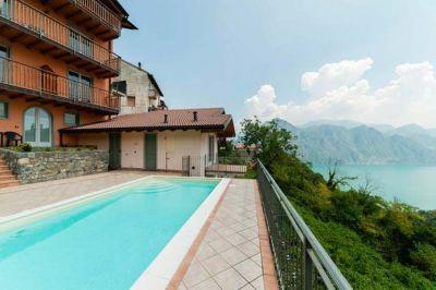 Swimming pool Location Apartment 113416 Iseo