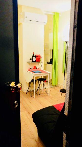 Living room Location Studio apartment 113449 PARIS