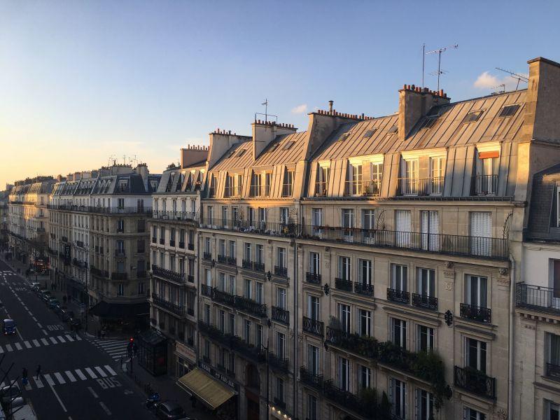 Balcony Location Studio apartment 113449 PARIS