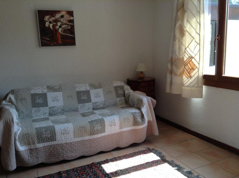 bedroom 2 Location Self-catering property 69702 Uzès