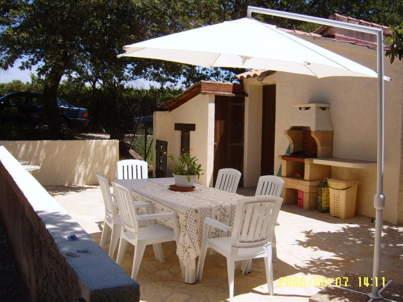 Summer kitchen Location Self-catering property 69702 Uzès