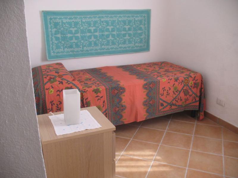 bedroom 3 Location Villa 82142 Santa Teresa di Gallura
