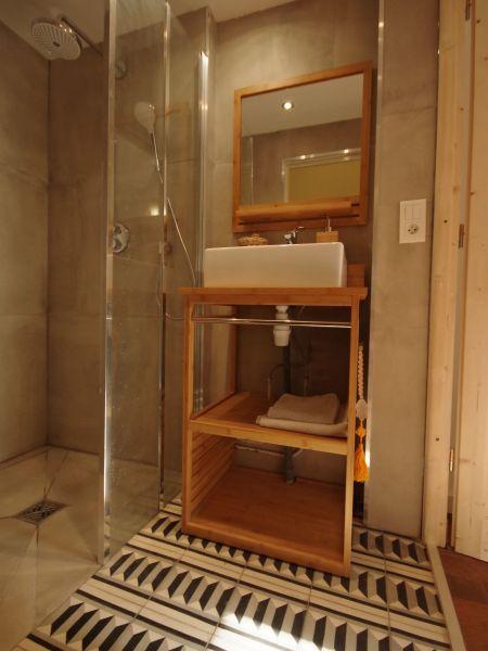 Washing facilities 2 Location House 88875 Biarritz