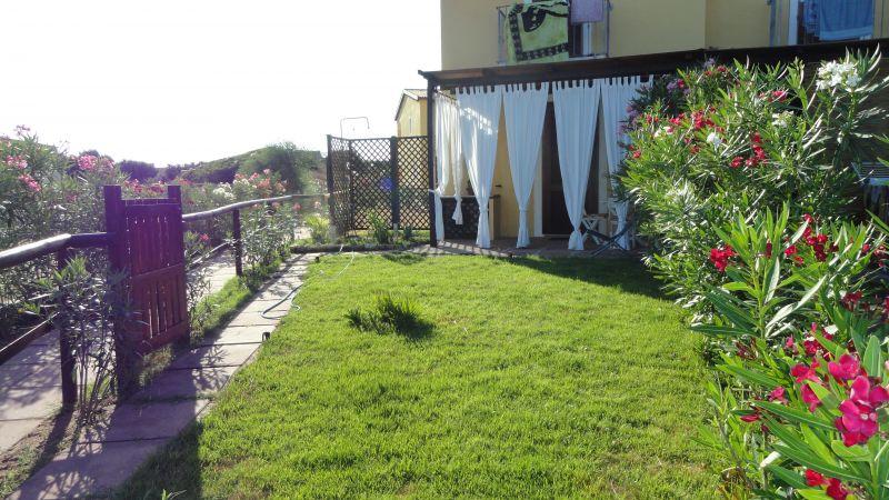 Garden Location Apartment 99274 Badesi