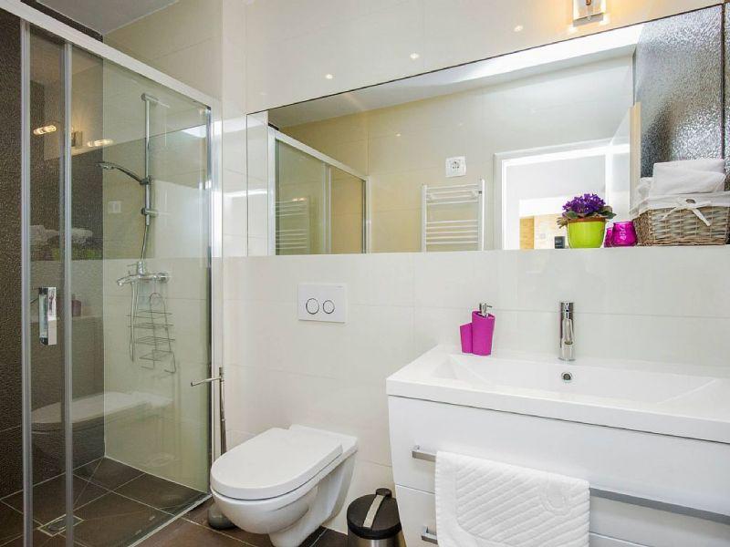 bathroom 1 Location House 112566 Trogir