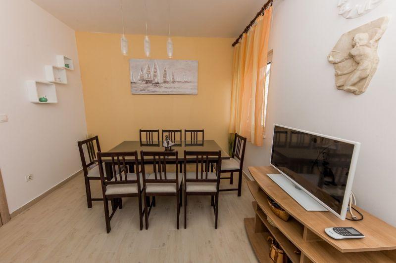 Dining room Location Apartment 114337 Trogir