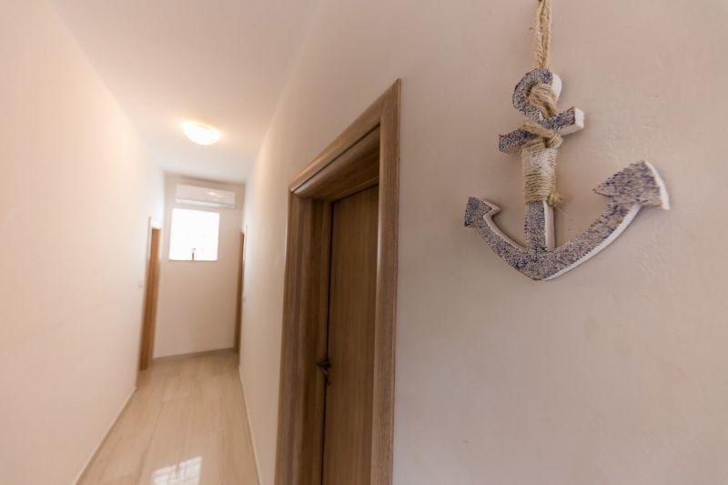 Hall Location Apartment 114337 Trogir