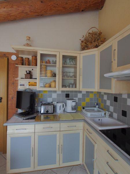 Location Self-catering property 116997 Isle sur la Sorgue