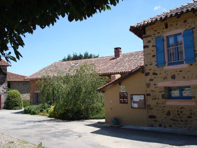 Surroundings Location Self-catering property 117039 Rochechouart