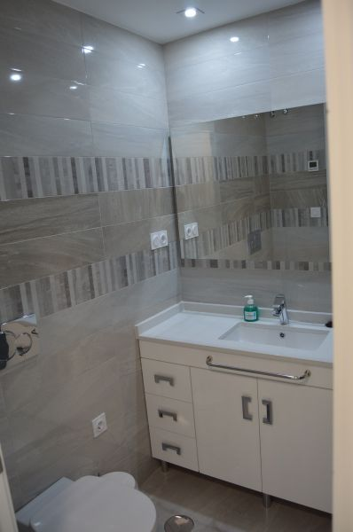 bathroom Location Apartment 118656 Torrevieja