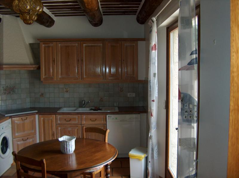 Sep. kitchen Location Villa 83534 Anduze