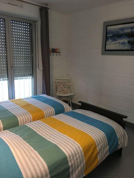 bedroom 2 Location Apartment 92826 Luc sur Mer