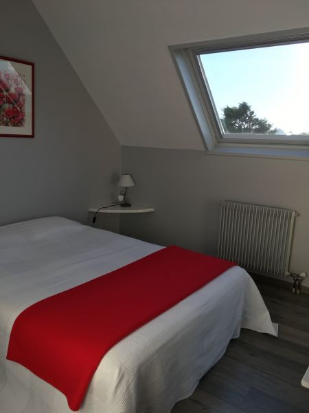 bedroom 1 Location Apartment 92826 Luc sur Mer