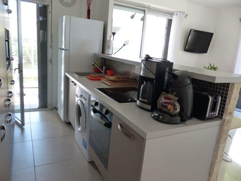 Open-plan kitchen Location Apartment 93557 Nice