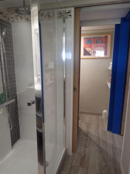 bathroom Location House 100590 La Londe les Maures