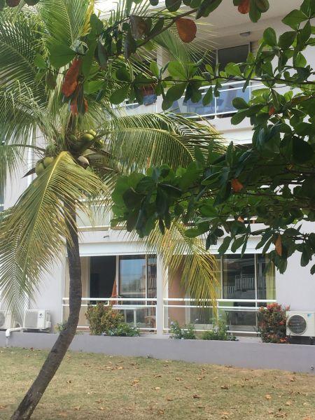 Outside view Location Studio apartment 108428 Marigot