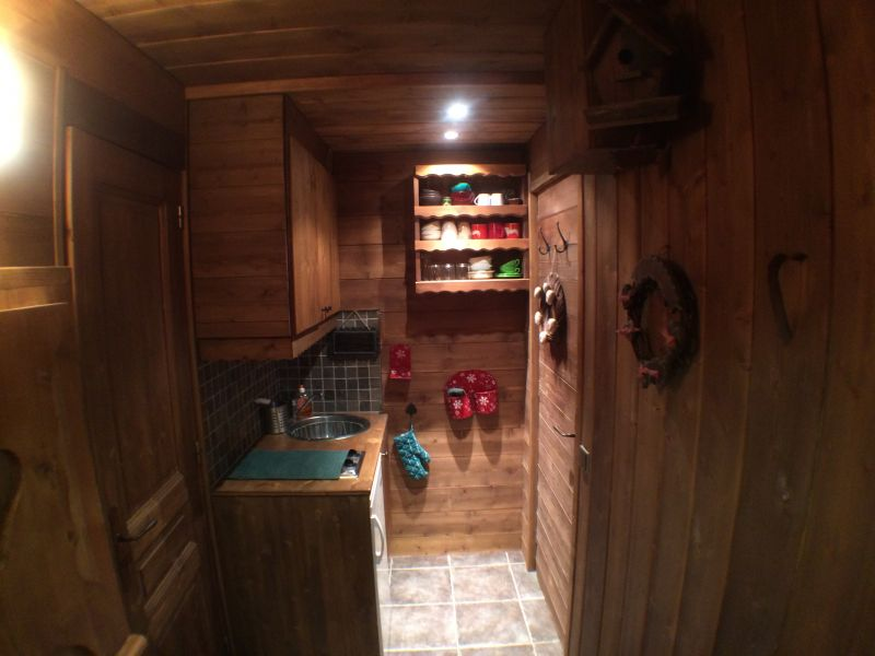 Open-plan kitchen Location Apartment 111312 Valmorel