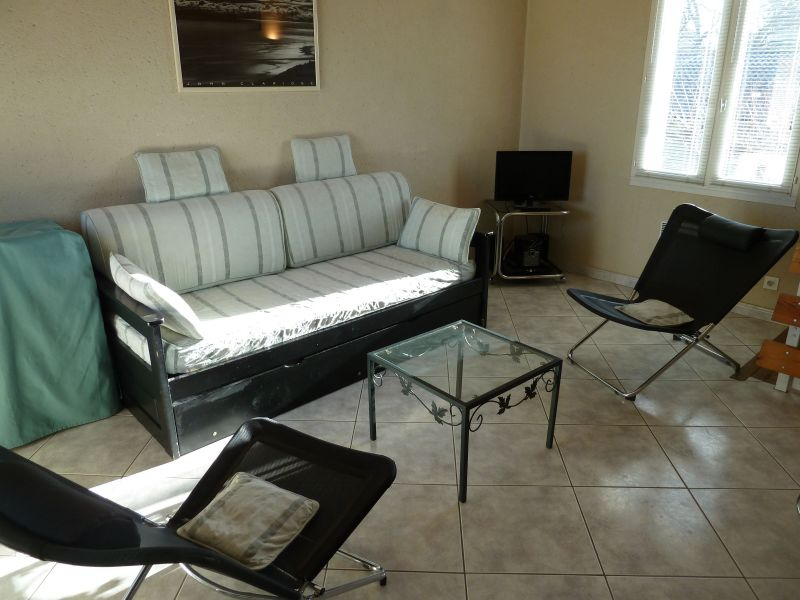 Sitting room Location House 116976 Isle sur la Sorgue