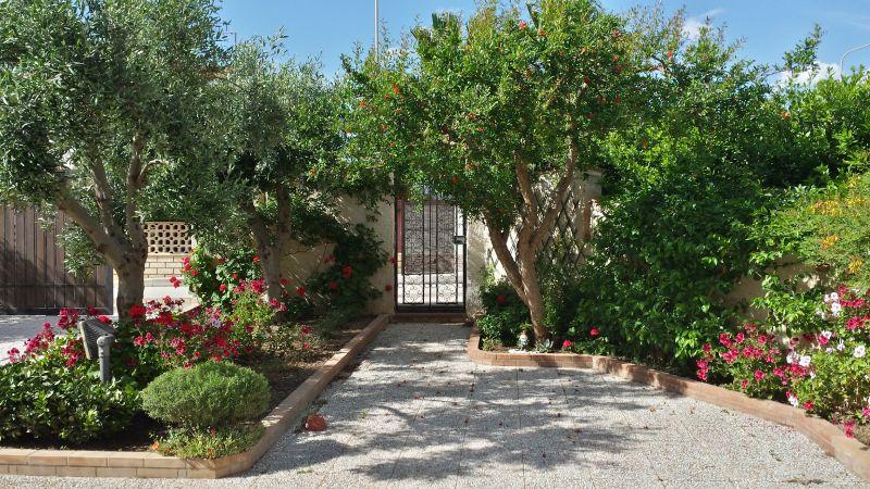 Garden Location Apartment 64338 Sciacca