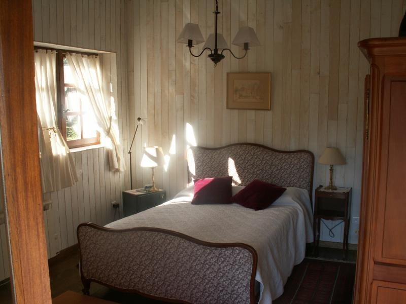 bedroom 2 Location House 71055 Bordeaux