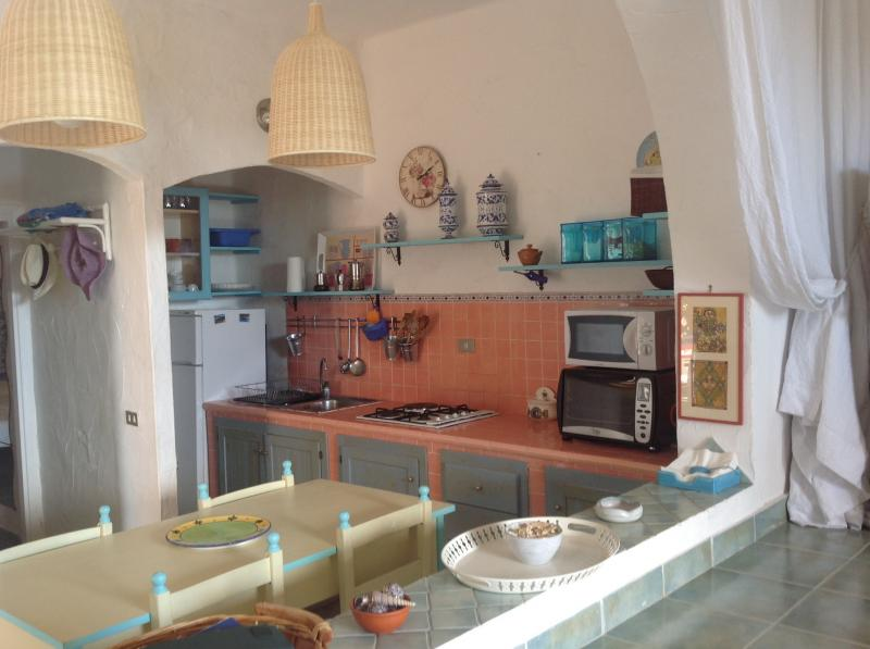 Open-plan kitchen Location Apartment 75425 Chia