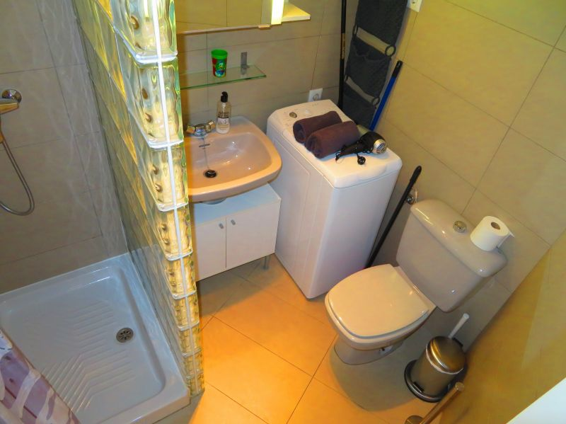 bathroom Location Apartment 84780 Nerja