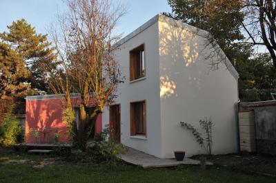 Location Self-catering property 91477 PARIS