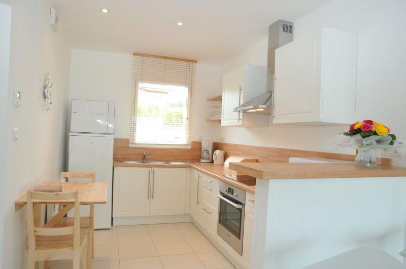 Open-plan kitchen Location Villa 102643 Roscoff
