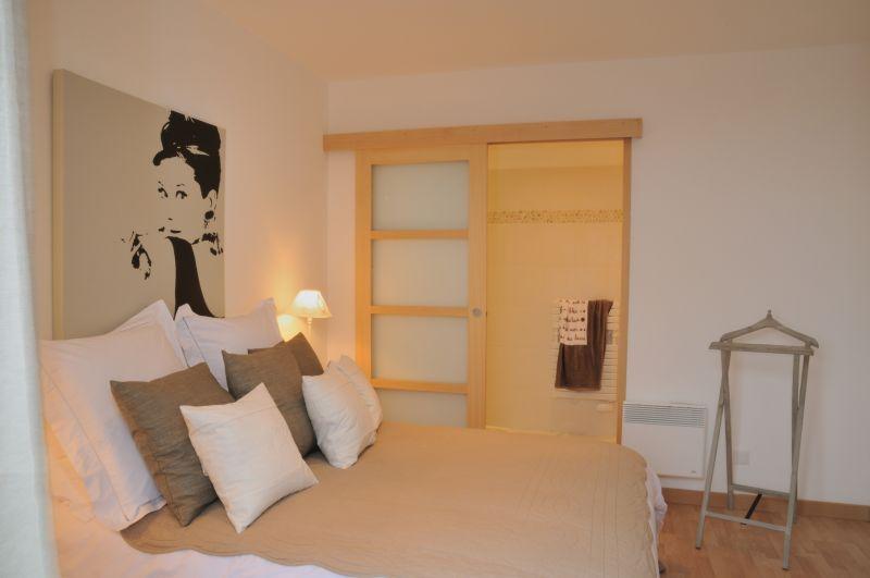 bedroom 1 Location Villa 102643 Roscoff