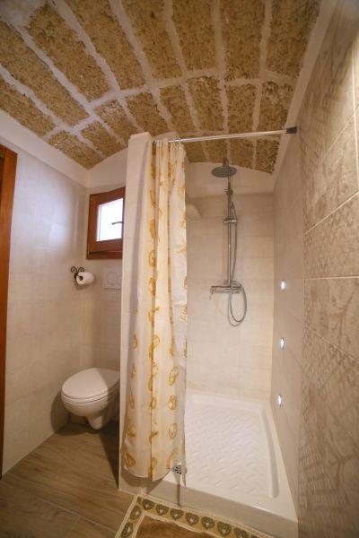 bathroom Location House 105614 Pescoluse