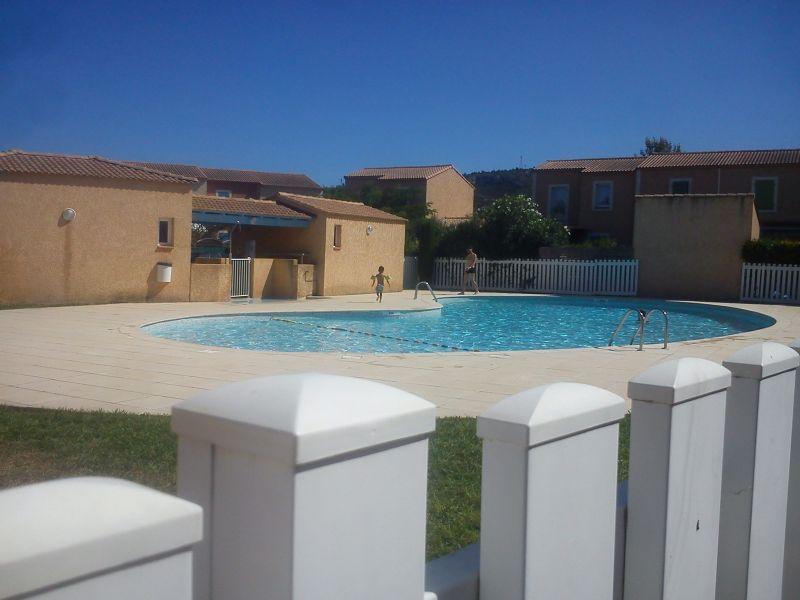 Location House 112210 Eyguières