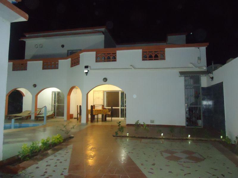 Outside view Location Villa 79199 Saly