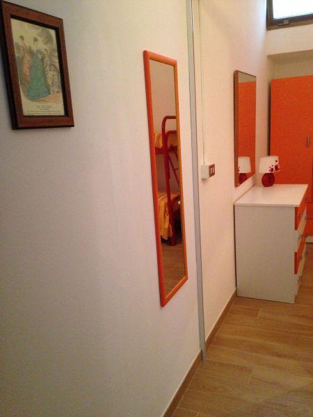 Corridor Location Apartment 83807 Torre Pali
