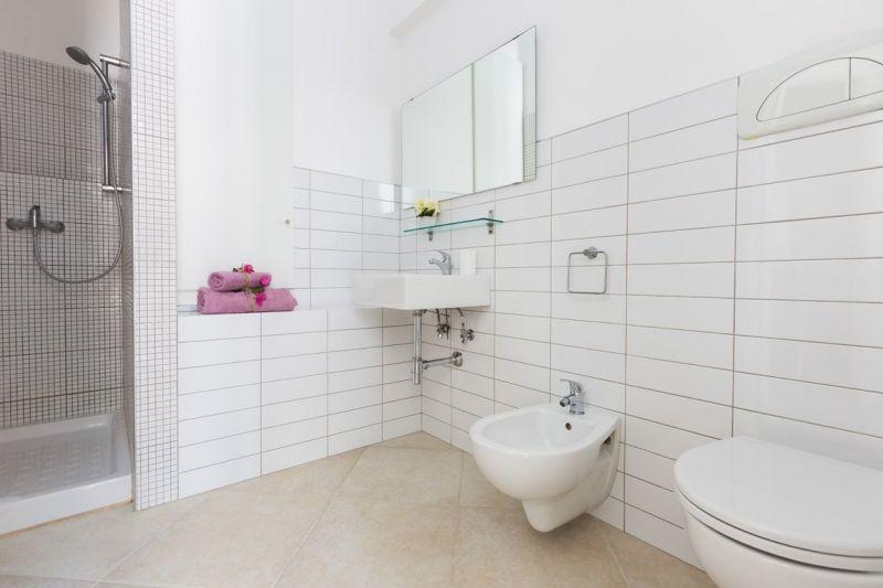 bathroom Location Apartment 88176 Ostuni