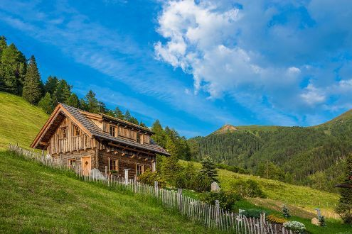 3353 rentals in the mountains